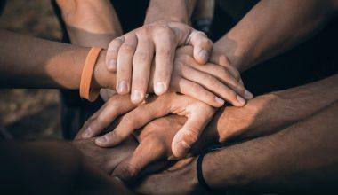 ¿Qué motiva a los ciudadanos a donar en instituciones benéficas?
